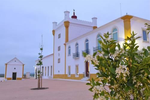 Honeymoon holiday destination Torre de Palma Wine Hotel, Alentejo Portugal