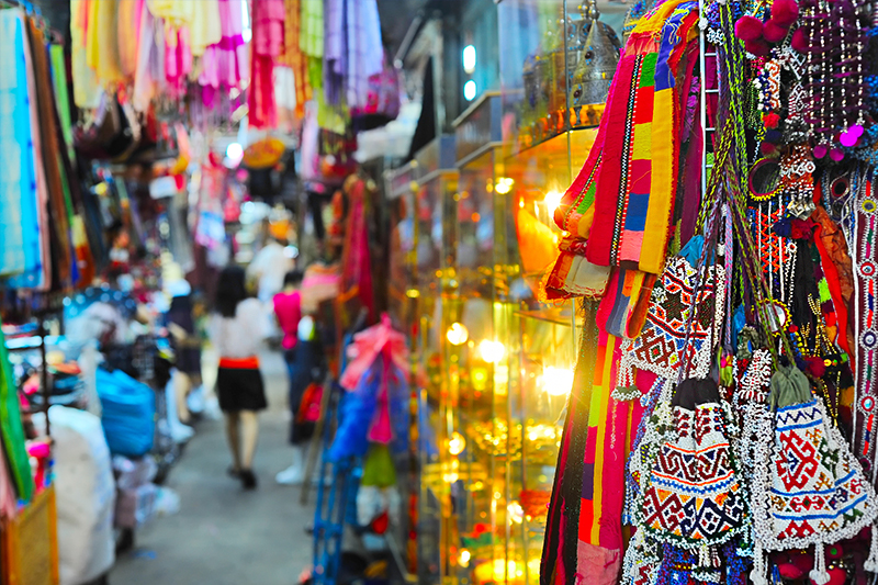 Chatuchak Weekend Market - Shopping in Bangkok