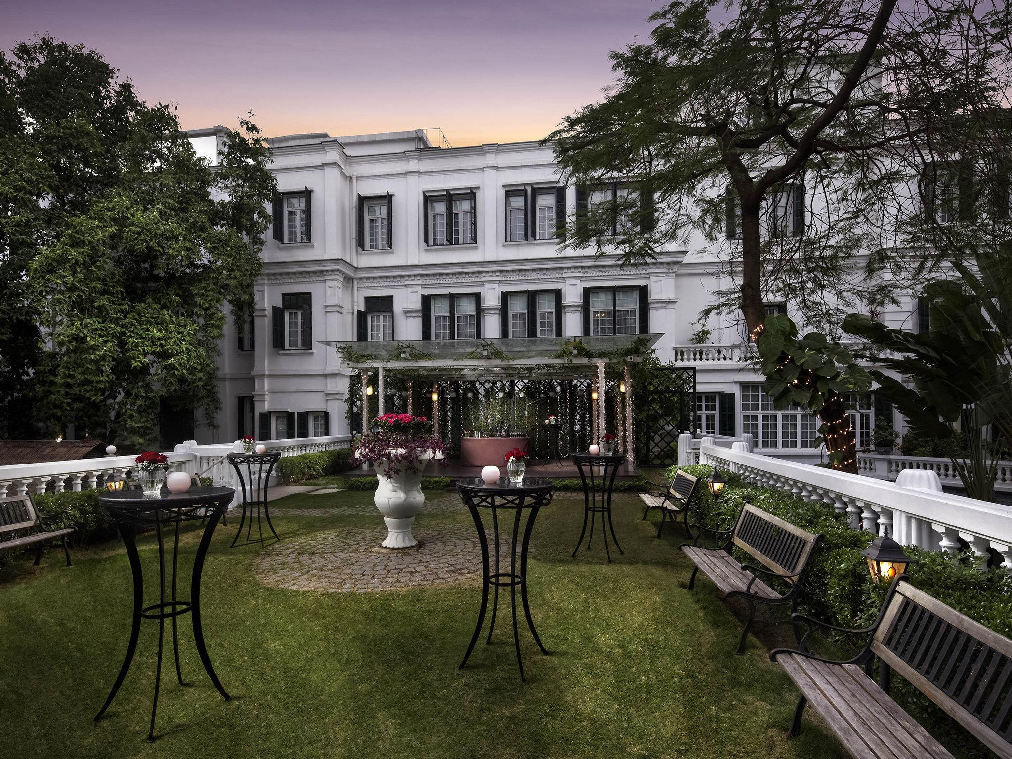 Honeymoon holiday destination hotel Sofitel Legend Metropole, Hanoi Vietnam