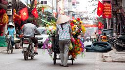 Hanoi hotels near Hang Gai Street