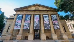 Adelaide hotels near Art Gallery of South Australia