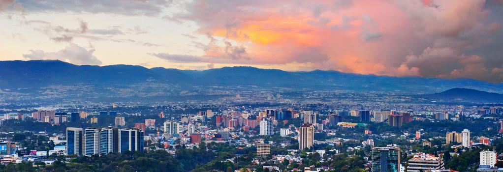 Santiago Hostel And Traveling