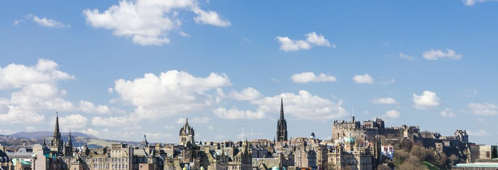Snoozebox Edinburgh Hotel