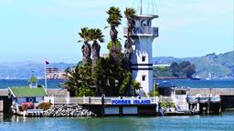San Francisco hotels near Forbes Island
