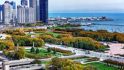 Chicago hotels near Grant Park