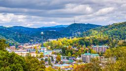 Gatlinburg hotels near Cooter's Place