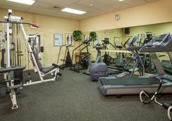 Coast International Inn - Anchorage - Gym