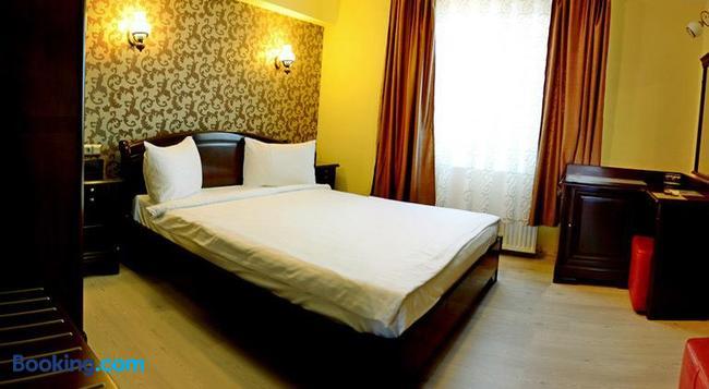 Pensiune Junior - Cluj Napoca - Bedroom
