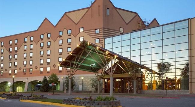 Kewadin Casino Hotel And Convention Center - Sault Ste. Marie - Building