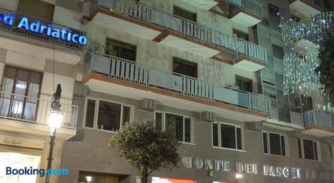 B&B La Vie en Rose - Salerno - Building