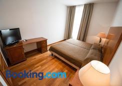 Residence Victoria - Trieste - Bedroom