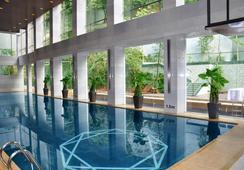 Royal Tulip Luxury Hotels Carat - Guangzhou - Guangzhou - Pool