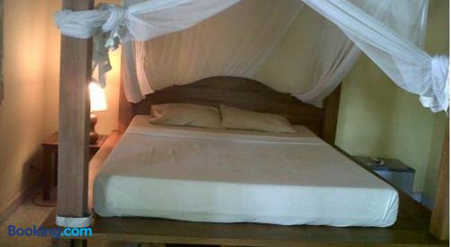 Arjana Bungalow 2 - Ubud - Bedroom