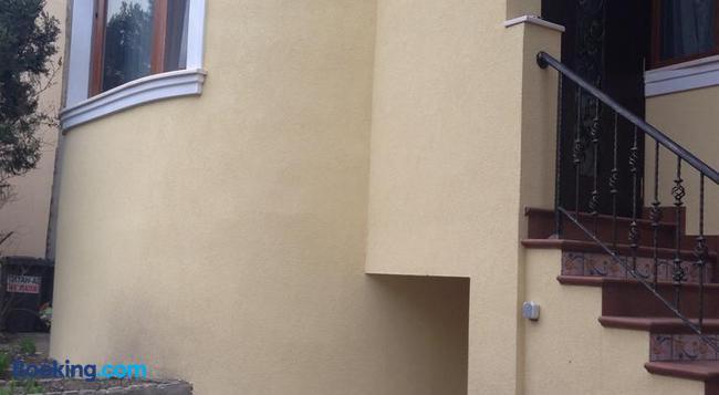 Guest Rooms Maria Luiza - Varna - Building