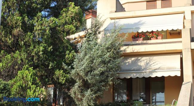 La Tuia e Il Tasso - Cagliari - Building