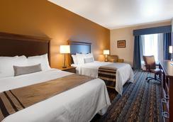Best Western PLUS Casper Inn & Suites - Casper - Bedroom