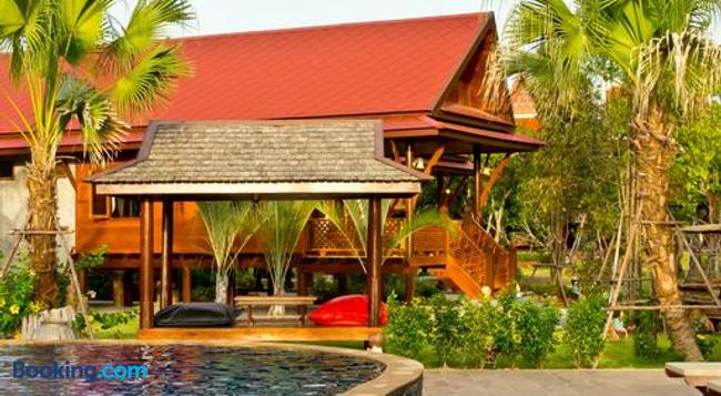 Bueng Bua Thong - Jomtien - Building