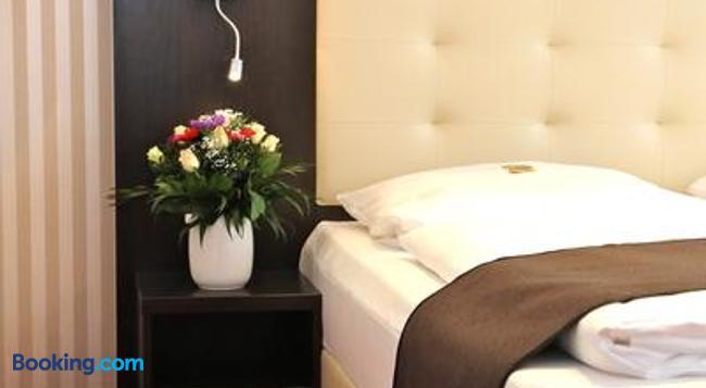 Hotel Herbst Berlin - Berlin - Bedroom