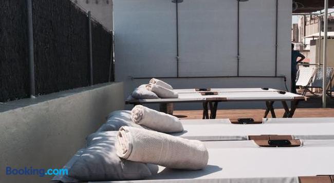Hostal Argo - Barcelona - Bedroom