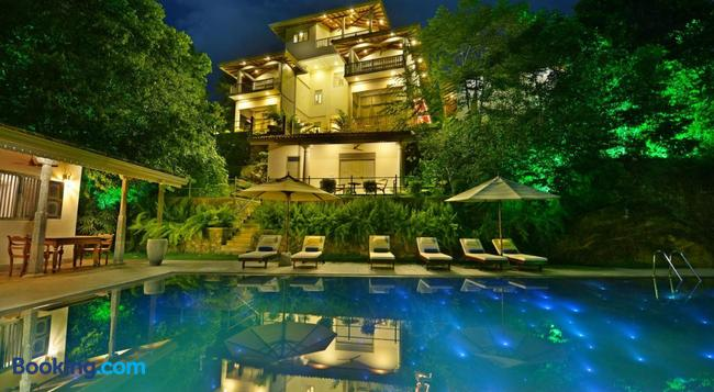 The Horizon Hill Top Villa - Unawatuna - Building