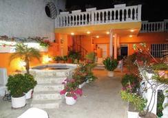 Hotel Boutique Santo Domingo - Cartagena - Outdoor view