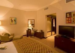 Golden Tulip Al Khobar - Al Khobar - Bedroom