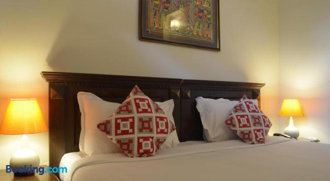 Luxtay Suites - Bangalore - Bedroom