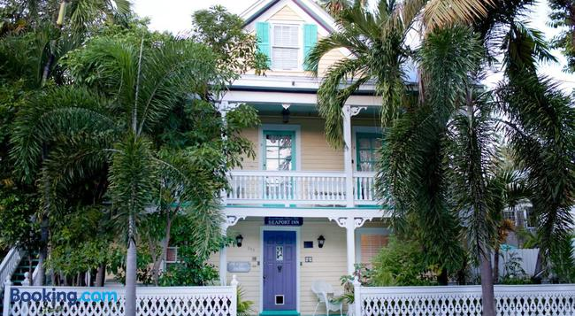 Seaport Inn - Key West - Building