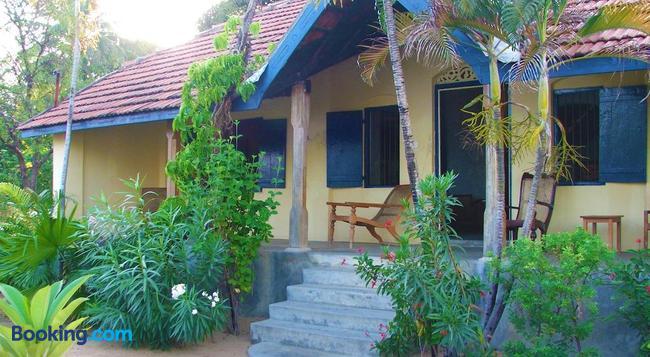 15LMD - Batticaloa - Building
