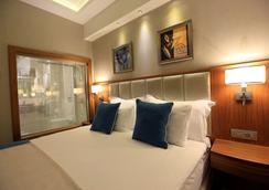 Best Western PREMIER Karsiyaka - Izmir - Bedroom