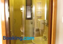 Guest House Maria Bilicic - Dubrovnik - Bathroom