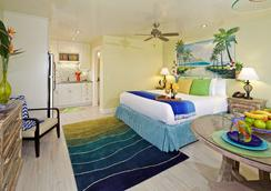 Ocean Palms Beach Resort - Carlsbad - Bedroom