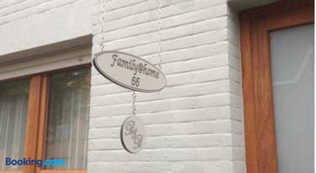 B&B Family@Home66 - Bruges - Building