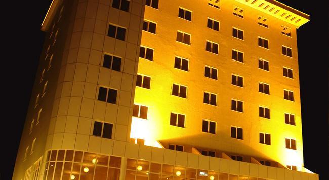 Dreamliner Hotel - Addis Ababa - Building