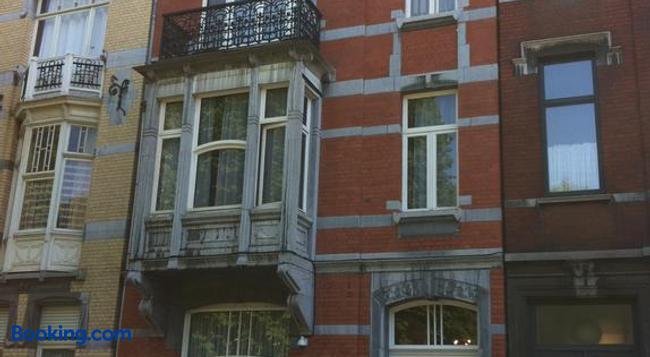 Le Vénitien - Liège - Building