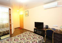 Maria Hotel - Krasnoyarsk - Bedroom