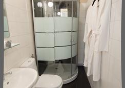 Crossroads Hotel - Moscow - Bathroom