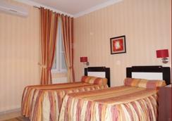 St Hôtel - Algiers - Bedroom
