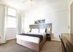 Cottesloe Beach Hotel - Cottesloe - Bedroom