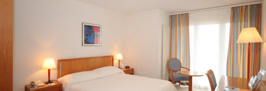 Hôtel Bristol & Spa - Montreux - Bedroom