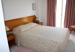 Apartamentos Turisticos Presidente - Portimão - Bedroom