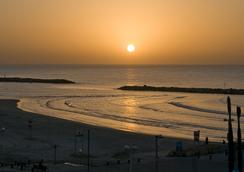 Leonardo Beach Tel Aviv - Tel Aviv - Outdoor view