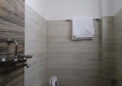 Tranquil Homestay - Kathmandu - Bathroom