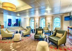 Leonardo Hotel Hamburg City Nord - Hamburg - Lobby