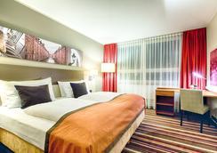 Leonardo Hotel Hamburg City Nord - Hamburg - Bedroom
