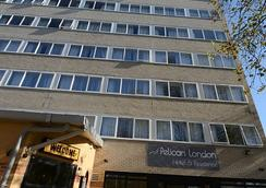 Pelican London Hotel And Residence - London - Building