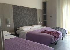 Hotel Ridens - Rimini - Bedroom