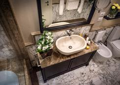 Grand Amore Hotel And Spa - Florence - Bathroom