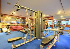 Andaman Beach Suites Hotel - Patong - Gym