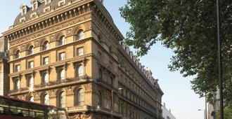 The Grosvenor Hotel - London - Building